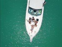 Paseo por Yucatan en la cubierta del barco