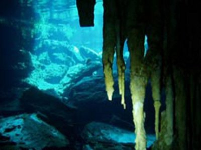 Cavern Dive Buceo