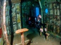 Tour hidden sites under the sea