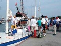 Embarkation sailboat