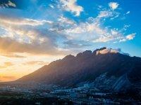 Puesta de sol en Monterrey