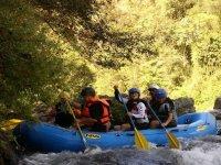 Descenso de rio con rafting