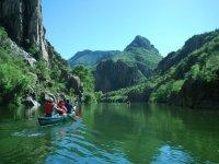 Viaje en canoa