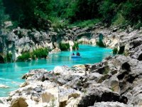 Incredible landscapes while rafting