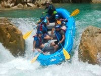 Come live the rafting adventure