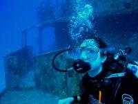 Dive in sunken ships