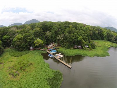 Canoe renting. Nanciyaga with lodging.