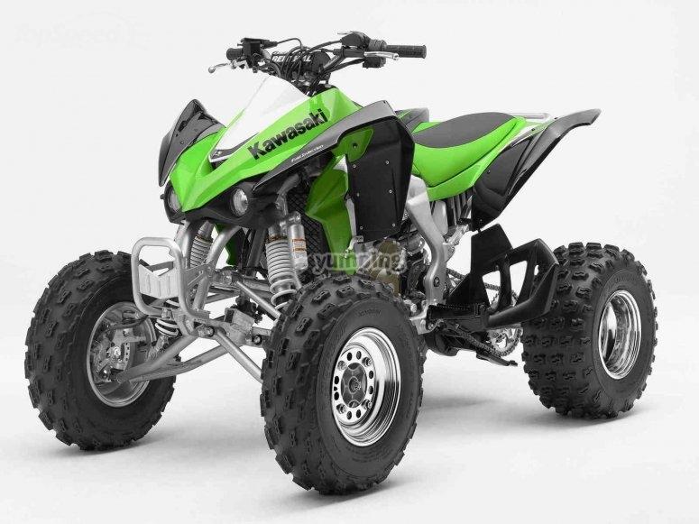 Modelo Kawasaki de cuatrimoto