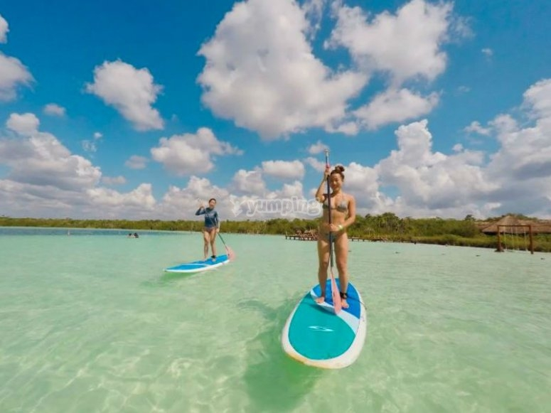 Take advantage of your board to navigate this paradise