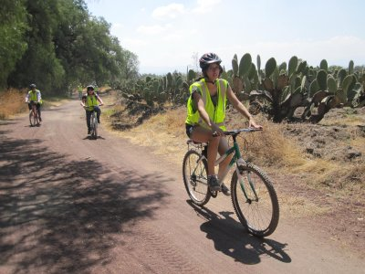 Bike tour through the pyramids of Teotihuacan