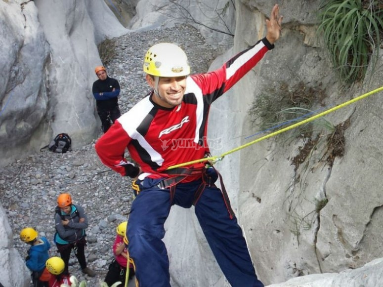 Learn this extreme sport in La Huasteca park