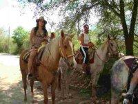 Paseo a caballo por las montañas de Santiago 7 hrs