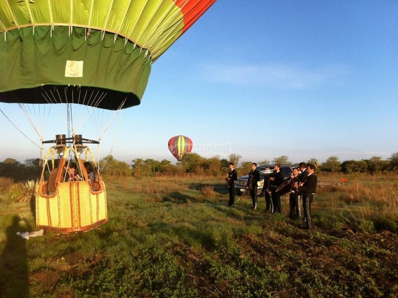 Surprise yourself with a balloon ride