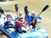 Aventura máxima con nuestros tours de rafting