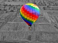 Espectacular vista desde el globo de la Pirámide del Sol