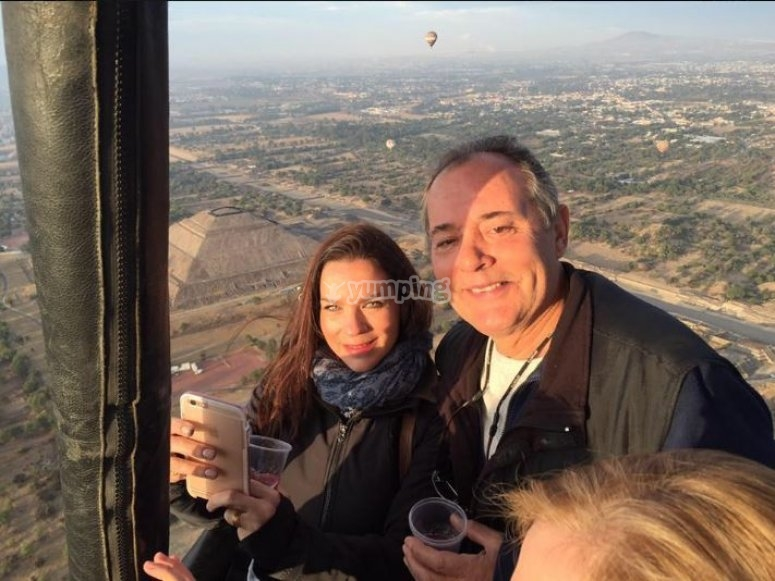 Flying over the pyramids of Teotihuacan