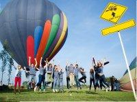 Friends after the balloon flight