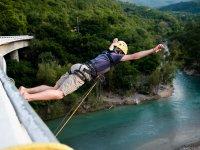 Adrenalina al máximo practicando puenting