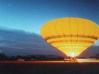 Early morning balloon