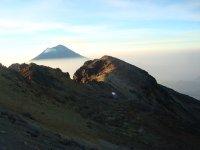 El Popocatepetl before arriving at the refuge of the 100