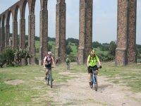 Passing through the aqueduct of the father tembleque