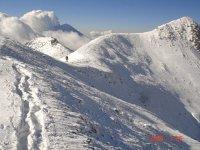 Caminando entre la nieve