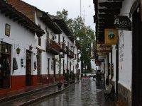 Camina por las calles de Amatitán