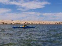 Remando el kayak