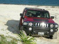 Hummer en la playa
