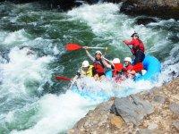 Descenso en rafting por el rio