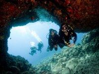 Buceo con squaloadventures