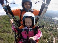 Paragliding flight in Valle de Bravo