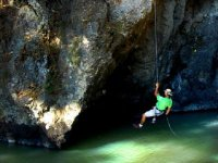 Rappel with rope