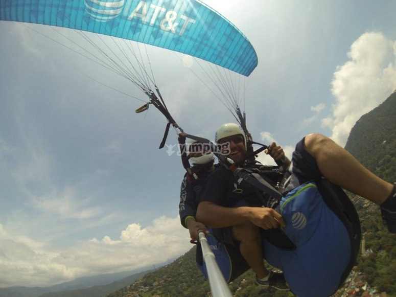 An unforgettable paragliding flight