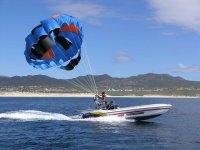 Parasailing 10 minutes Los Cabos