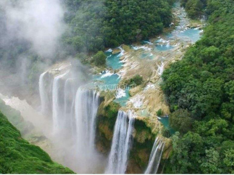 Cascada de Tamul Huasteca Potosina