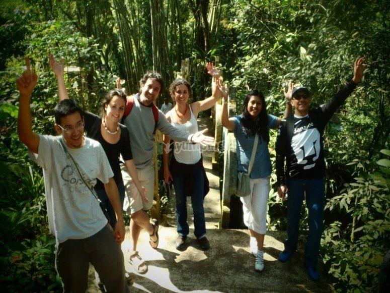 Grupos de excursion