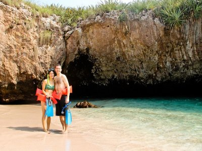 Snorkel tour in National Park of Islas Marietas