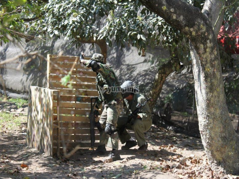 Paintball game in Tonala