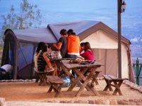 Campamentos en Nuevo Valle