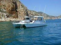 Nuestro catamarán en altamar