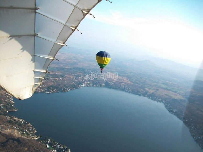 Fly over Lake Tequesquitengo