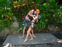 couples diving