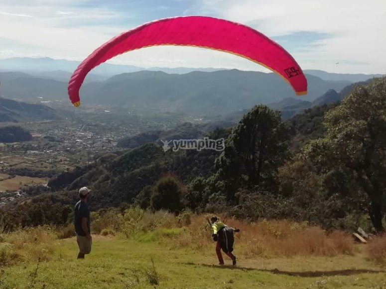 Live this great experience in the Malinalco valley