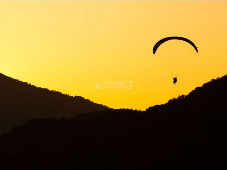 Paragliding in Malinalco