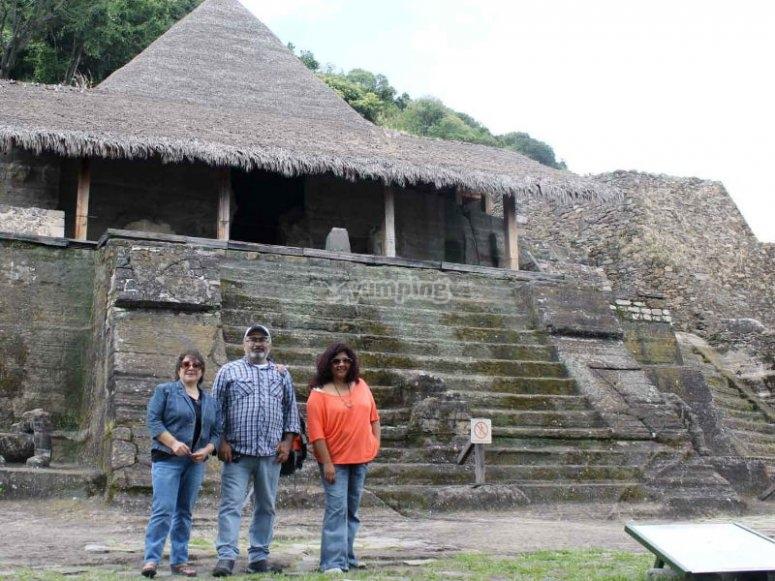 Descubres las maravillas de la zona arqueológica de Malinalco