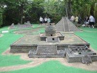 Miniatura de arquitectura prehispanica