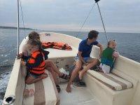Paseos en barco en familia