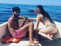 Disfruta de un paseo en barco con tu pareja