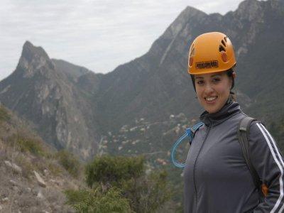 Canyoning in Cañón de la Esmeralda